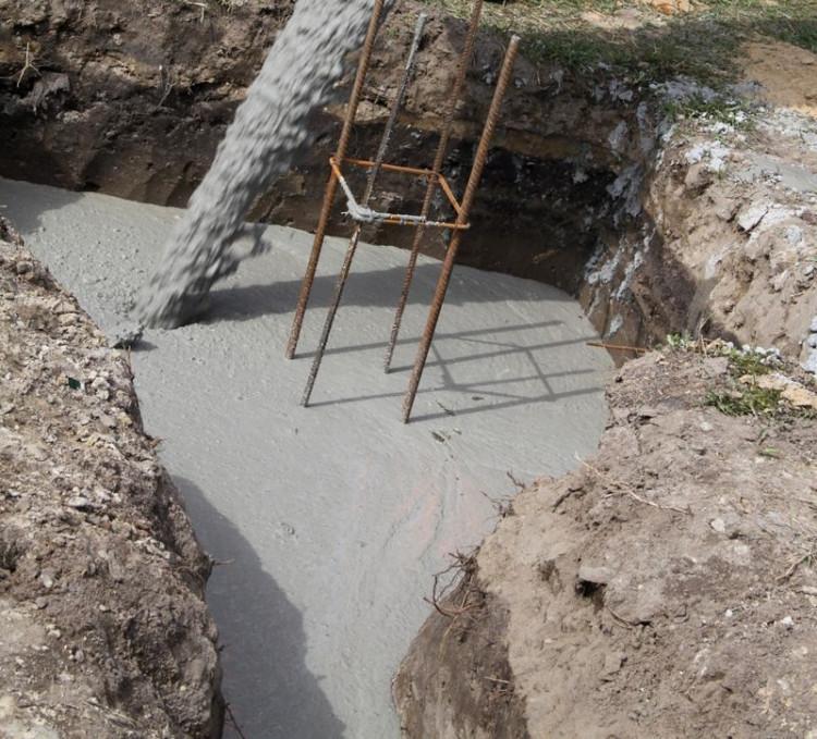 Obniżenie wytrzymałości betonu