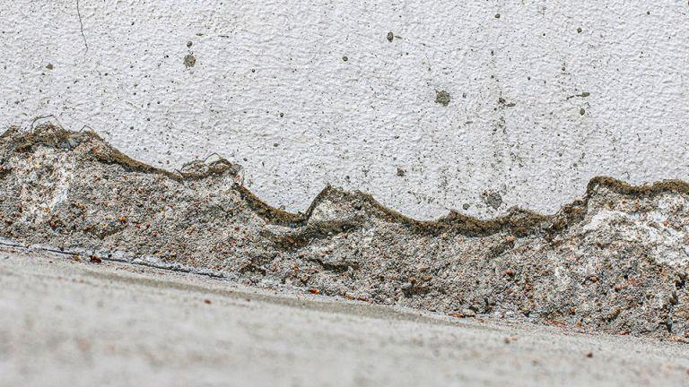 Uszkodzenia struktury betonu